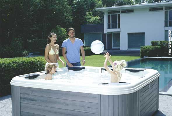 Kids-Club - das warme, blubbernde Wasser im Whirlpool bereitet natürlich auch Ihren Kindern viel Freude.
