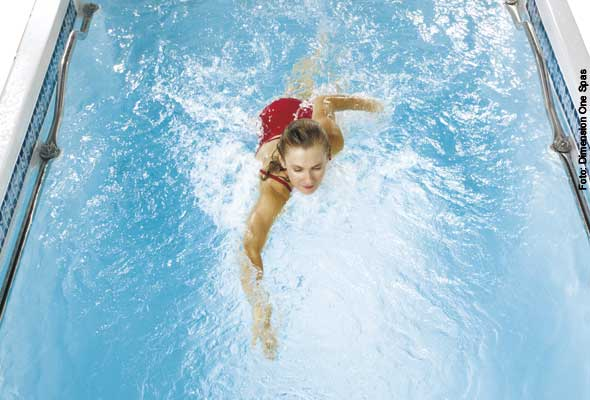 Flexibel - Schwimmer jeder Leistungsklasse kommen in einem Swim Spa auf ihre Kosten.