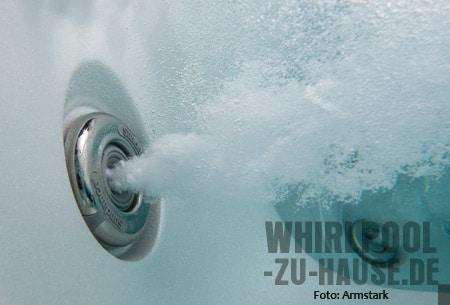 Meine-Massage-jeden-Tag-Whirlpool-Massagedüsen