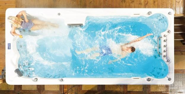 Entspannt-gegen-den-Strom_Swim-Spa-mit-Massagebereich