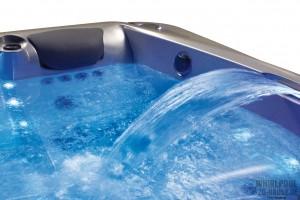 Unter-der-Haube-Whirlpool-Features