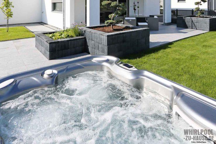 whirlpool zu das online magazin f r whirlpool. Black Bedroom Furniture Sets. Home Design Ideas