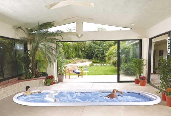Tiefergelegt - Auch im Haus können Swim Spas installiert werden - hier wurde einer im Boden versenkt.