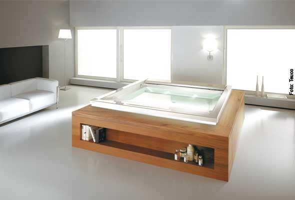 Ästhetische Badewanne mit Whirlfunktion von Teuco